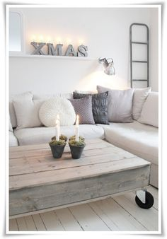 I like the neutral colors of both coffee table and couch - ruthie ♂ Neutral color home deco nature wood Vibeke Design, Minimalist Christmas, Home And Deco, Pallet Furniture, Furniture Ideas, Entryway Furniture, Deck Furniture, Recycled Furniture, White Furniture