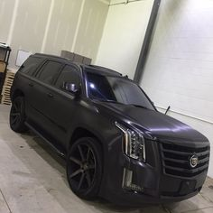 Cadillac Escalade - Obsidian Black Brushed Metal With Blacked Out Chrome Wrap - Vivid Wraps Suv Trucks, Suv Cars, Chevy Trucks, Sport Cars, Diesel Trucks, Lifted Trucks, Best Luxury Cars, Luxury Suv, Blacked Out Cars