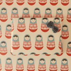 Muy origina el papel de muñequitas rusas