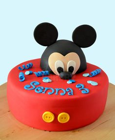 Mickey Mouse taart - Laura's Bakery