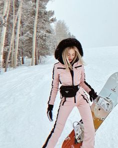 Snow Outfits For Women, Casual Winter Outfits, Winter Fashion Outfits, Look Fashion, Autumn Winter Fashion, Clothes For Women, Ski Outfits, Winter Snow Outfits, Mode Au Ski