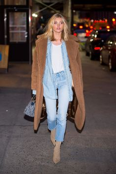8 autumn essentials to sting Elsa Hosk - Street style - Fall Outfit Daily Fashion, Fashion Week, Look Fashion, Teen Fashion, Fashion Outfits, Womens Fashion, Fashion Trends, Denim Outfits, Classy Fashion