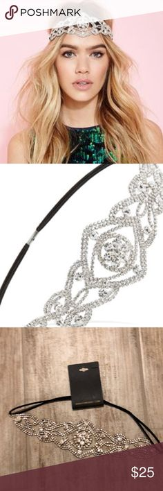 Forever 21 Rhinestone Goddess Headband Silver Forever 21 Headband  💋silver rhinestone  💋oversized with elastic back 💋NEW WITH TAGS Forever 21 Accessories Hair Accessories