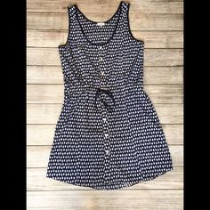 """Marabelle Button Front Drawstring Dress Perfect summer dress! Black, white, and blue pattern throughout - side pockets - button down front - draw string waist is adjustable - 34"""" shoulder to hem - excellent condition, only worn once NO TRADES/NO MODELING Marabelle Dresses"""