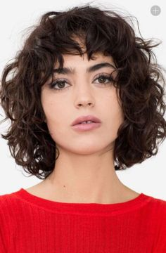 Vintage Hairstyles With Bangs Wavy hair with bangs Curly Hair Styles, Short Curly Haircuts, Curly Hair With Bangs, Short Wavy Hair, Curly Hair Cuts, Curly Bob Hairstyles, Hairstyles With Bangs, Natural Hair Styles, Wavy Lob