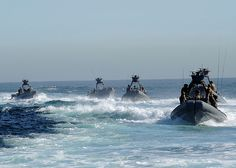 These Special Boat Teams transport Navy SEALS by AN HONORABLE GERMAN, via Flickr