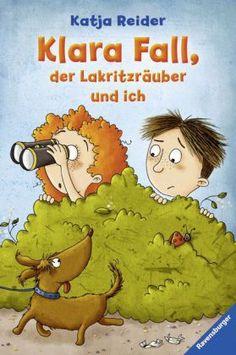 Jannis ist neu in der Siedlung und gleich seine erste Begegnung ist umwerfend. Im wahrsten Sinne des Wortes – er prallt im vollen Tempo auf Klara und ist sich nach dieser Begegnung sicher, dass dieses Mädchen echt einen Knall hat. Nicht nur, dass sie Klara Fall heißt, sie meint auch noch, sie sei eine Detektivin. Ein richtig aufregender Kriminalfall und eine lebendige Freundschaftsgeschichte! Katja Reider / Stefanie Reich, Klara Fall, der Lakritzräuber und ich. Ravensburger Verlag. Ab 8.