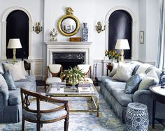 31 Fascinating Traditional Living Room Decor Ideas You Will Love - With a home's living room traditionally being the gathering place for the family, ensuring that it has a comfortable and relaxing atmosphere is fairly. Living Room Decor Country, Living Room Decor Traditional, French Country Living Room, Classic Living Room, French Country Style, Traditional Kitchens, French Cottage, Formal Living Rooms, Living Room Modern
