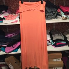 Windsor fold over maxi skirt Great condition. Tag is worn but it is a size large. Peach colored WINDSOR Skirts Maxi