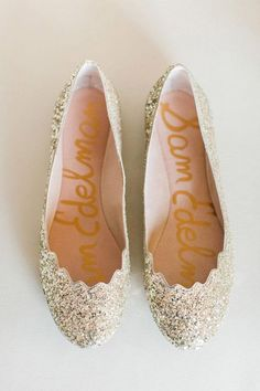09d7b57b8a5f 30 Wedding Flats For Comfortable Wedding Party