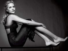 @Aimee Mullins wearing her #fashionprosthetics I hope Aimee lets me customize a set of her legs