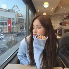 Korean Beauty Girls, Korean Girl, Asian Beauty, Asian Girl, Nancy Jewel Mcdonie, Nancy Momoland, Guys And Girls, Kpop Girls, Cute Marshmallows