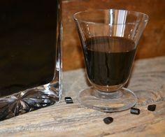 Liquore alla liquirizia,un liquore cremoso adatto per fine pasto come digestivo