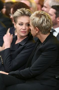 Ellen Degeneres Haircut, Ellen Degeneres And Portia, Ellen And Portia, Blond, Portia De Rossi, Perfect Music, Celebrity Couples, Lesbian Couples, Lesbian Pride
