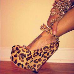 Material:Suede Heel Height:13cm Embellishment:Platform