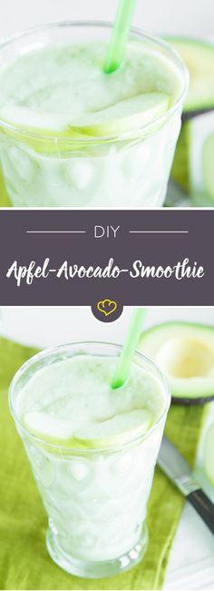 Grünen Smoothie – ganz ohne Grünzeug. Wenn saure Granny Smith Äpfel, buttrige Avocado und milder Joghurt im Mixer aufeinander treffen, drehen sie richtig durch und werden in Nullkommanix zu einem köstlichen Smoothie.