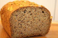 Hjemmelaget lavkarbo brød (beste jeg har smakt) (Charlottes verden- Forlovet og Lykkelig)