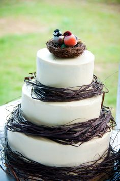 Lovebirds red velvet wedding cake