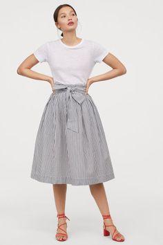 a13fb4ca21e 12 Best Seersucker skirt images in 2019