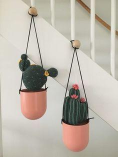 Haakpatronen voor 2 verschillende cactussen