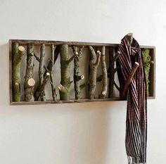 Porte-foulards (en bois de grève ce serait encore plus beau!)