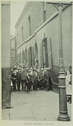 Victorian London, Vintage London, Old London, Uk Photos, London Photos, Vintage Pictures, Old Pictures, East End London, London Today