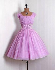 Lovely 1950's dress