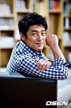 Dae Jang Geum, Parallel Lives, Dong Yi, Hyun Bin, 2 Movie, Period Dramas, Asian Men, Korean Actors, English Language