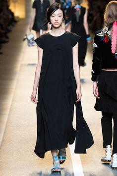 Fendi Spring 2015 Ready-to-Wear.