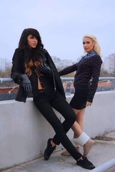 Pimp your style cu Deea Cudeea, Sinzi & KENVELO Fall Winter 2013/2014 Lasati-va inspirate de stilul celor 2 tinere! Pimp your style cu Deea Cudeea, Sinzi & KENVELO Your Style, Black Jeans, Pants, Fashion, Trouser Pants, Moda, Fashion Styles, Black Denim Jeans, Women Pants