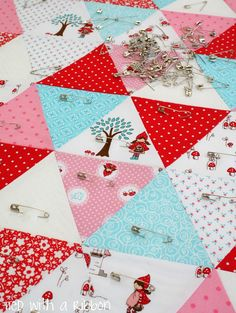 Tied with a Ribbon: Little Red Riding Hood Custom Quilt #rileyblakedesigns #littleredridinghood #tashanoel