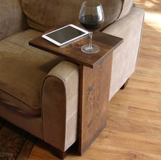 Sofa Chair Arm Rest TV Tray Table Stand with Side Storage Slot for Tablet Magazine I want one! Sofa Chair Arm Rest TV Tray Table Stand with Side Storage Slot for Tablet Magazine Woodworking Projects Diy, Teds Woodworking, Pallet Projects, Popular Woodworking, Diy Projects With Wood, Woodworking Ideas Small, Woodworking Articles, Woodworking Quotes, Woodworking Skills
