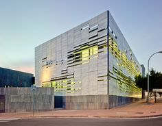 ferrer arquitectos: north mediterranean health center