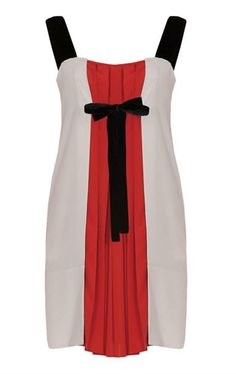 Bow accent in Max & Co dress