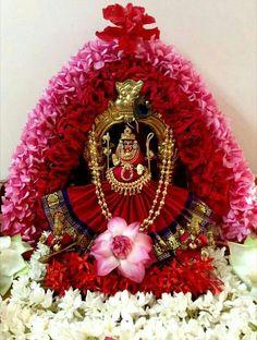 Varalakshmi Vratham 2019 honours the most popular Goddess Maha Lakshmi. Varalakshmi Puja or homam on this day means abundant wealth is sure to come your way. Indian Goddess, Goddess Lakshmi, Diy Diwali Decorations, Festival Decorations, Mandir Decoration, Lakshmi Images, Pooja Room Design, Lord Murugan, Indian Rangoli