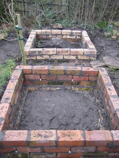 garden care vegetable 9 New amp; Different Uses For Reclaimed Bricks That You Havent Thought Of old vintage brick garden beds Raised Garden Bed Plans, Building A Raised Garden, Raised Beds, Raised Bedroom, Raised Herb Garden, Raised Garden Planters, Raised Flower Beds, Flower Planters, Garden Care