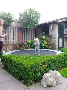 Trampoline kleine tuin