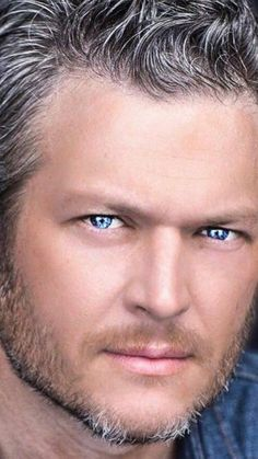 Blake Shelton and his beautiful blue eyes