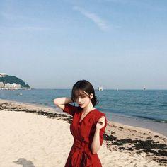 💋 ➷ulzzang ღ girls➶ Uzzlang Girl, Hey Girl, Yoon Ara, Ulzzang Korean Girl, Western Girl, Girl Inspiration, Best Face Products, Poses For Pictures, Female Models