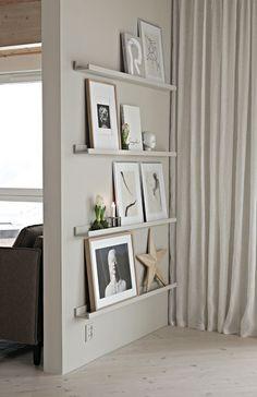 how to decorate a living room – Living Room Decoration - Zimmereinrichtung Cheap Home Decor, Diy Home Decor, Cheap Wall Decor, Diy Decoration, Interior Design Blogs, Interior Colors, Frame Shelf, Ikea Living Room, Living Walls