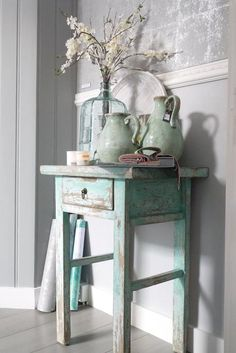 Shabby Chic Decor easy and creative tricks - Wonderful help to organize a comfy and creative simple shabby chic decor . The fantastic tips pinned on this not so shabby day 20181205 , pin note ref 5433475168 Shabby Chic Mode, Cottage Shabby Chic, Style Shabby Chic, Shabby Chic Decor, Vintage Decor, Shabby Vintage, Shabby Chic Green, Design Vintage, French Cottage