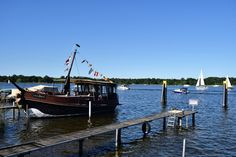 Every February, Werder (an der Havel) pops-up into the day travel agenda for its famous cherry blossom festival where local wines made of a. I Fall In Love, Falling In Love, Cherry Blossom, Pop Up, Boat, Explore, Travel, Viajes, Boats