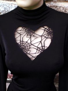 Spiderweb top. I like it but I think I'd like it more if that heart was in the back