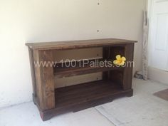 A 600x450 TV Stand Side Table Bench in pallet furniture  with TV Stand Pallets Furniture