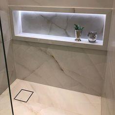 Great looking. How to Remodel a Bathroom - Marble Bathroom Decor Bathroom Design Luxury, Modern Bathroom Design, Bathtub Tile, Toilet Design, Contemporary Bathrooms, Bathroom Renovations, Bathroom Inspiration, Small Bathroom, Bathroom Ideas