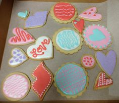 Valentine cookies from Rebeca Davila's decorating class!