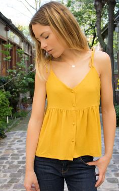 23 Ideas For Sewing Clothes Tops Blouses Ideas Sewing Clothes, Diy Clothes, Clothes For Women, Diy Blouse, Boho Fashion, Fashion Outfits, Womens Fashion, Diy Vetement, Mode Top