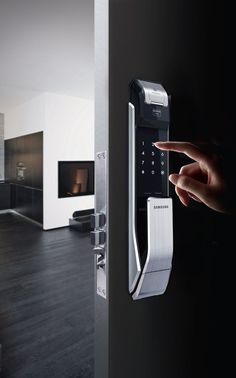 smart door lock - The connected home is only as secure as the locks used to keep thieves or assailants out, so the Samsung Smart Door Lock is innovatively designed t...