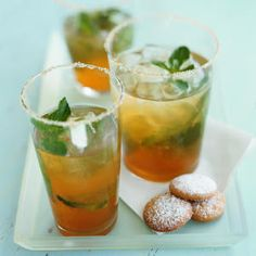 Iced green tea, with ginger, lemon, spearmint and stevia or agave - set for one day in fridge