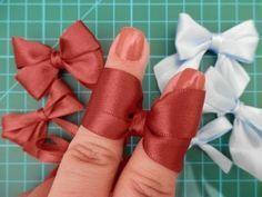 How to make ribbon bow? 8 tips to make a 5 inch hair bow. Ribbon Art, Diy Ribbon, Ribbon Crafts, Ribbon Bows, Ribbons, Hair Bow Tutorial, Flower Tutorial, Making Hair Bows, Diy Hair Bows